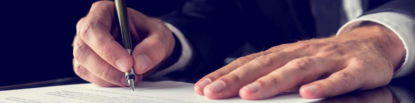 {:uk}Обов'язкове страхування відповідальності нотаріусів{:}{:ru}Обязательное страхование ответственности нотариусов{:}